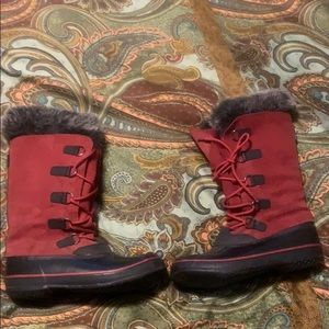 Red waterproof winter boots
